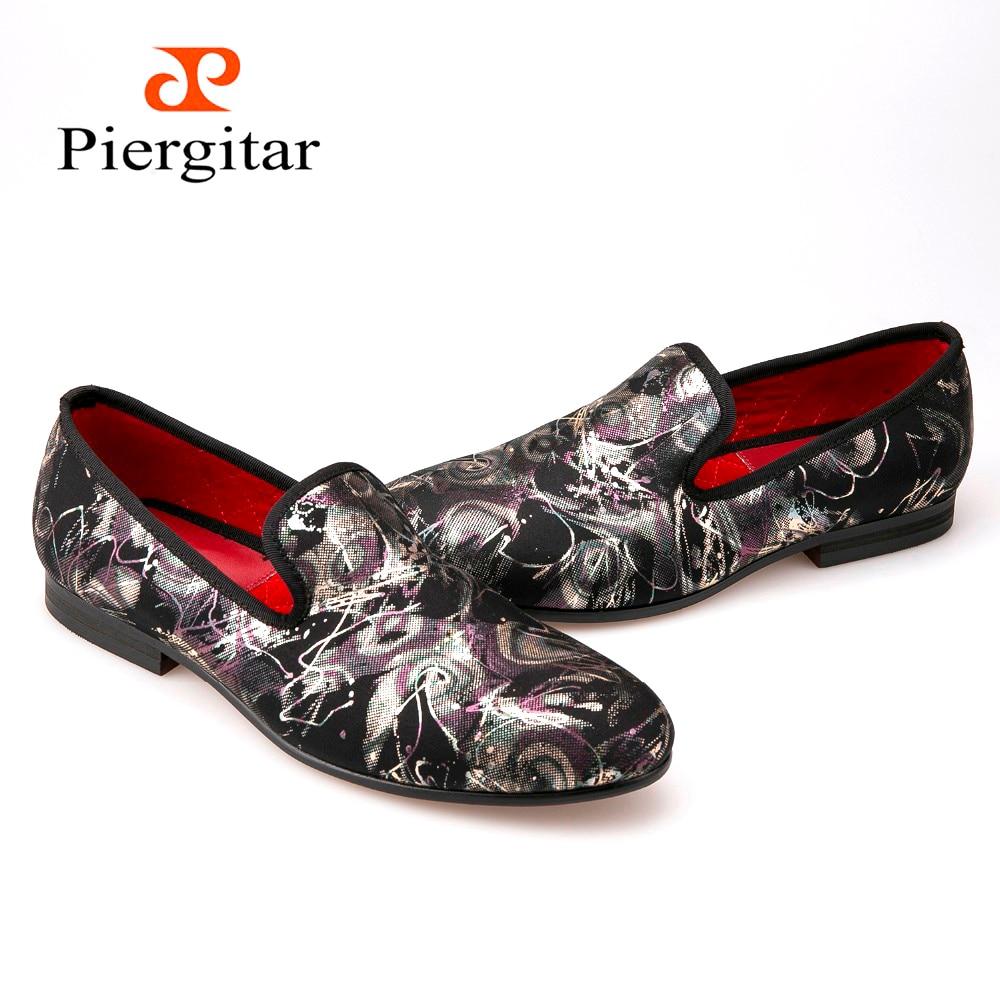 Piergitar Couple Style Noir camouflage impression Hommes casual chaussures  Hommes Plus Taille de Mocassins Hommes Appartements Livraison gratuite dans  ... a12b0493b61