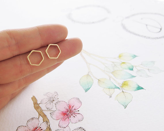 1Pair Fashion Hollow Line Hive Hexagon Earring Cut Out Hexagon Honeycomb Earring Simple Elegant Geometric Earrings