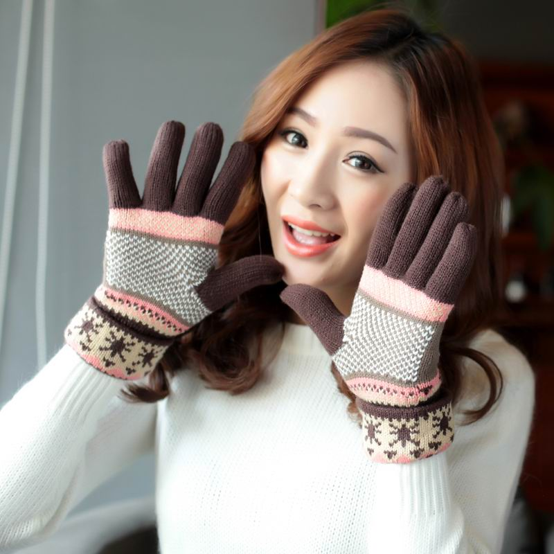 GBCNYIER Autumn And Winter Female Gloves Thermal Thick Knit Double Gloves Cold Winter Outdoor Fingers Mitten