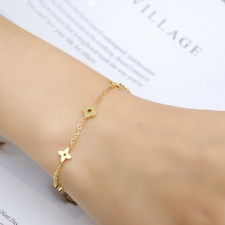 MWM women 2019 gifts charms stainless steel bracelets & bangles female chain link bracelet for women friendship braslet