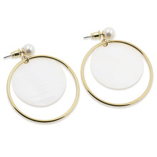 Fashion Women's Gold Pearl Shell Earrings Faux Pearl Statement Stud Earrings for Women Mother of Pearl Shell Loop Earrings faux pearl