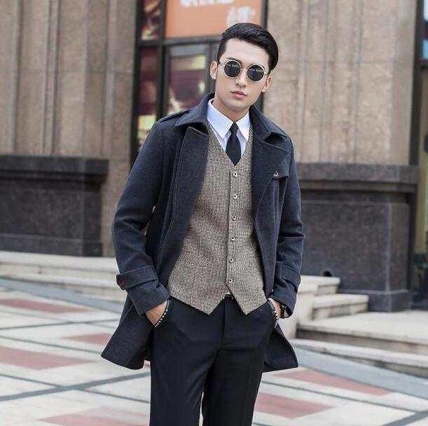 Kaki a medio-lungo di lana cappotto uomo giacche e cappotti uomo slim di  lana 32666d976d2