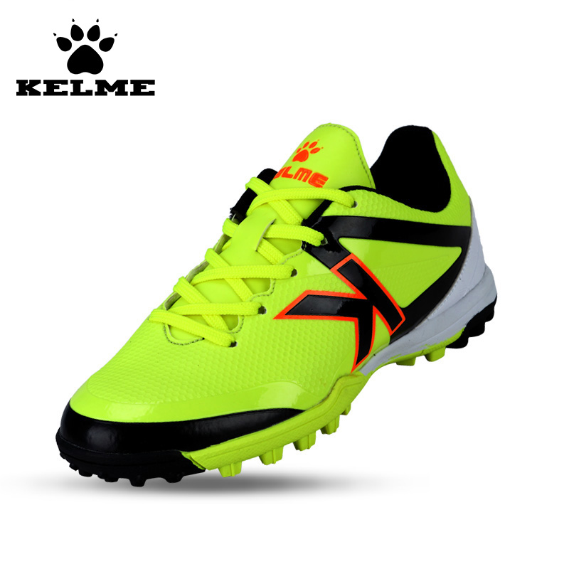 KELME 2016 Hot Sale Boy Outdoor Sport Soccer Shoes Kids Synthetic Leather Antiskid Football Boots Training Shoes Rubber Sole 49 health top soccer shoes kids football boots cleats futsal shoes adult child crushed breathable sport football shoes plus 36 45
