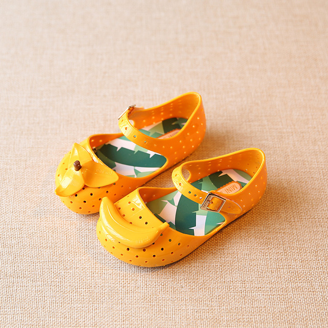 Mini Melissa Shoes 2017 Summer Cartoon Banana Girls Sandals Cute Sandals  For Children Shoes For Girl