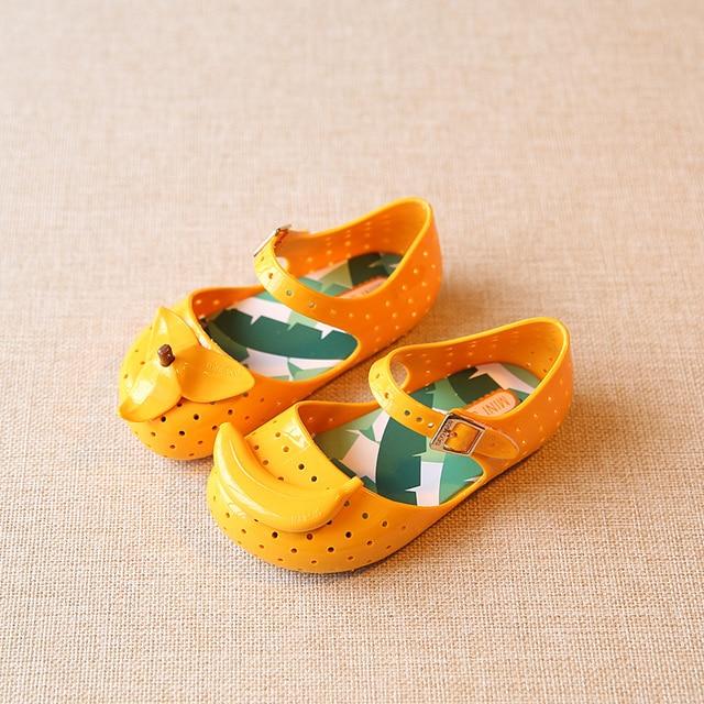 Mini Melissa Shoes 2017 Summer Cartoon Banana Girls Sandals Cute Sandals  For Children Shoes For Girl