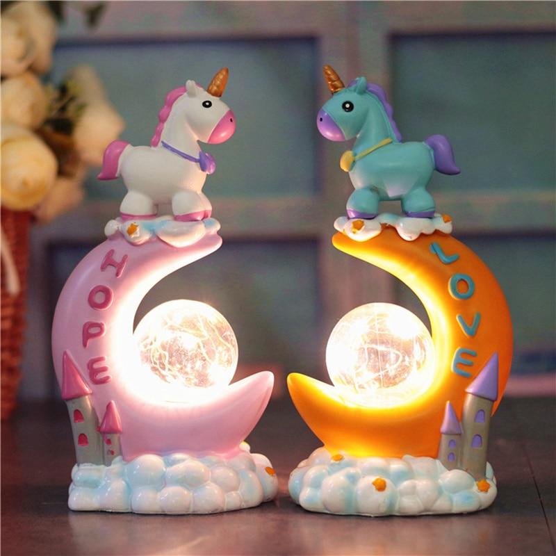 Magic Eenhoorn Hars Ambachtelijke Led Nachtlampje Auto Miniatuur Decoratie Kids Home Decor Tafellamp Ornamenten Verjaardag Valentijn Cadeaus Zacht En Licht