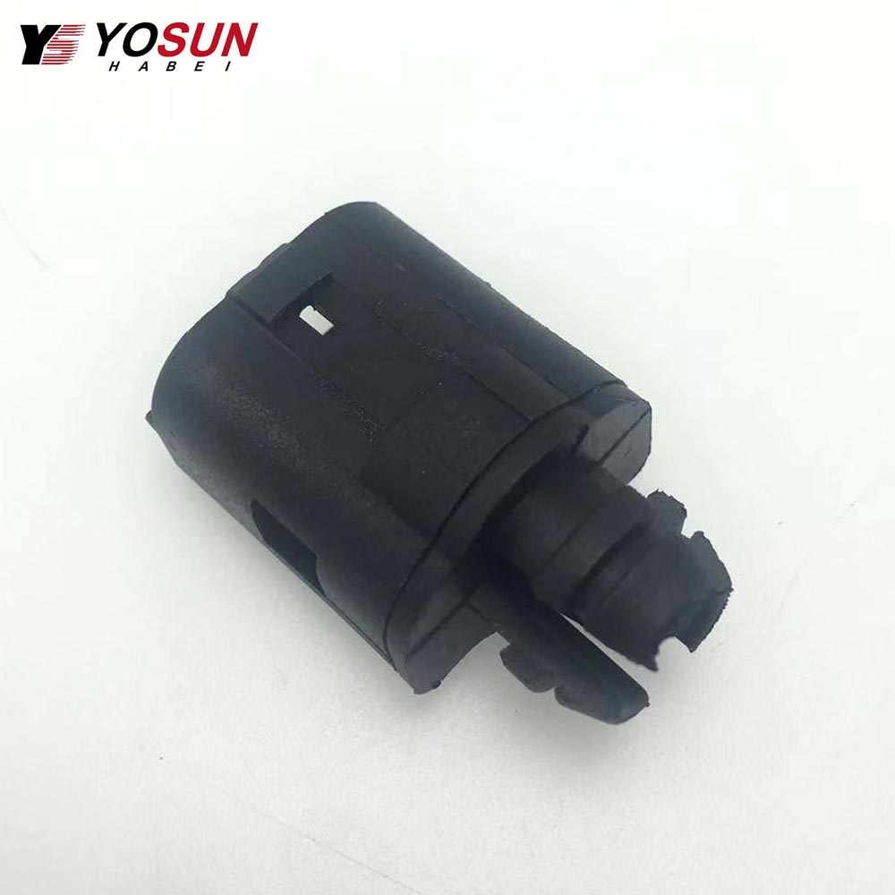 Truck Water Temperature Sensor 1100799 For Scania Truck in Temperature Sensor from Automobiles Motorcycles