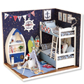 Nueva Cubierta de Polvo De Madera Muebles de Casa de Muñecas Diy Miniatura Contienen una figura de Miniaturas de Muñecas Juguetes para Niños Regalos de Cumpleaños