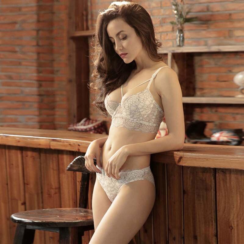 TERMEZY Brand 2019 Sexy Bra Set Push Up Underwear Women 3/4 Cup lingerie set adjustable strap brassier bralette set Vs Bra