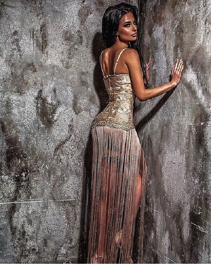Di Pavimento Delle Maxi A Sera Nuovo Nappa Vestidos Lungo V 2018 Dalla Merletto Scollo Donne lunghezza Aderente Oro Celebrità Vestito Manicotto Partito Del Fasciatura aW7aHY