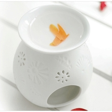 Dia 9.5*11cm Classic Flower Carving White Ceramic Fragrance Oil Burner Aromatherapy Lamps Home Decoration DC811G