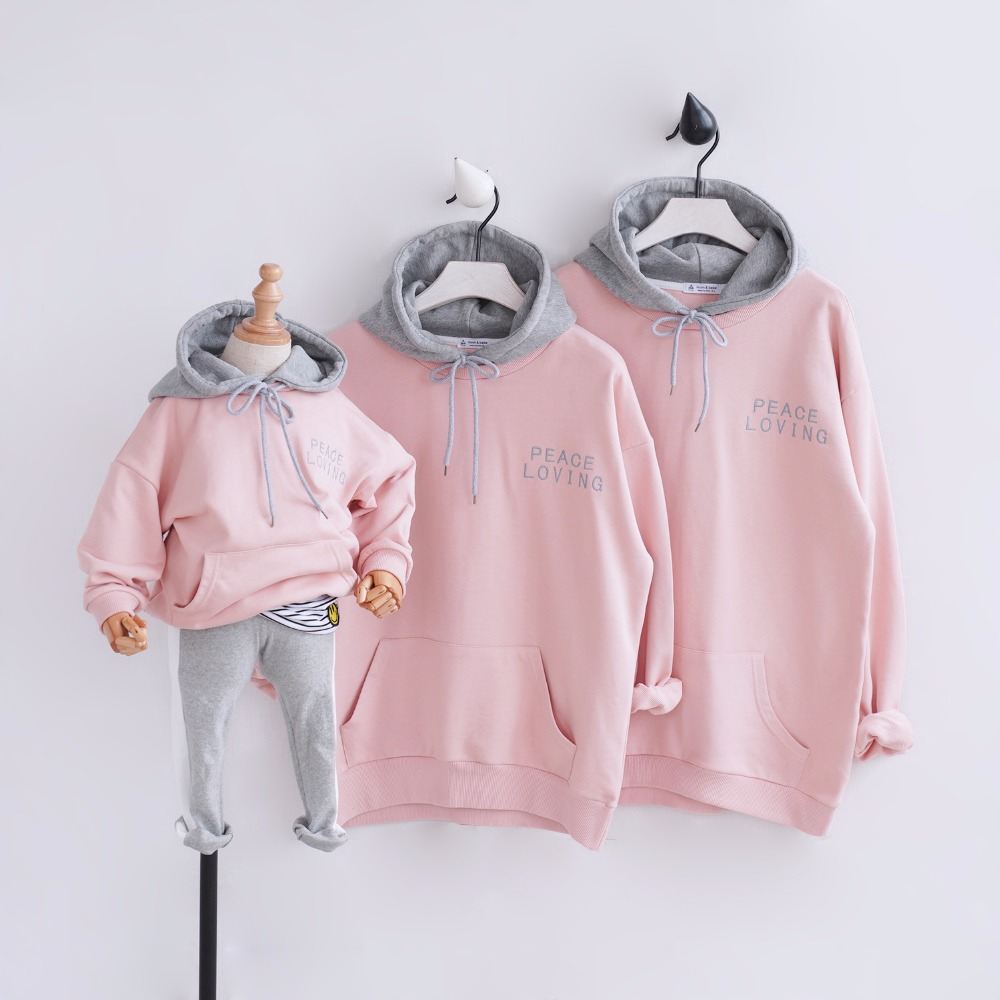 Matching Family Clothing 2018 Spring Autumn Cotton Star Hoodie Active Father Son Mother Daughter Clothes Family Matching Outfits