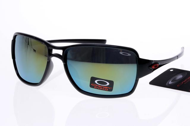 Venta caliente 2018 nueva llegada Oakley hombres mujeres senderismo gafas  al aire libre gafas de sol Oakley 808 gafas de alta calidad gafas de sol  Oakley ... f8d16aad05