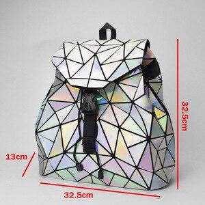 Image 2 - Nowy Luminous kobiety plecak szkolny Hologram moda geometryczne składane torby szkolne dla nastoletnich dziewcząt holograficzny sac a dos