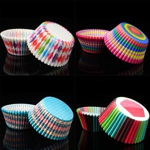 Image 3 - Tazas de papel para hornear, 100 Uds., caja de torta pequeña antiaceite, accesorios de cocina, forro para cupcakes, herramientas de decoración de pasteles