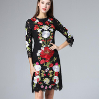 New 2016 Spring Summer Luxury Brand Runway Women Black Lace Dress Sexy Floral Daisy Embroidery Midi