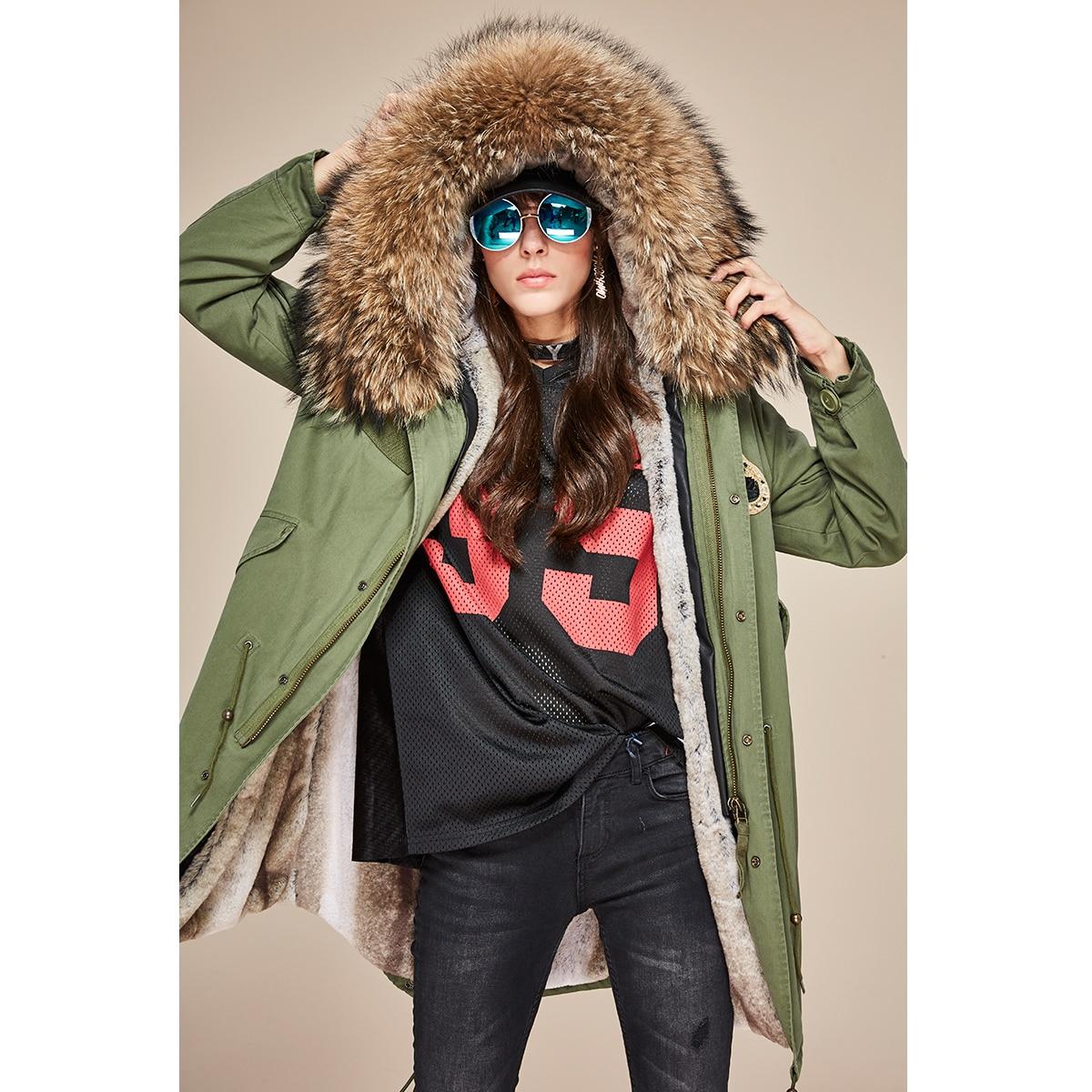 JAZZEVAR 2019 Neue Mode Winter Frau Große waschbären Pelz Kragen parka midi Mit Kapuze Mantel Outwear perlen Military Lange Jacke-in Parkas aus Damenbekleidung bei  Gruppe 2