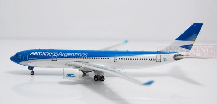 Phoenix 10929 Argentina Airlines LV-FNI 1:400 A330-200 commercial jetliners plane model hobby phoenix 11093 ruian airlines ei fei 1 400 b737 800 w commercial jetliners plane model hobby