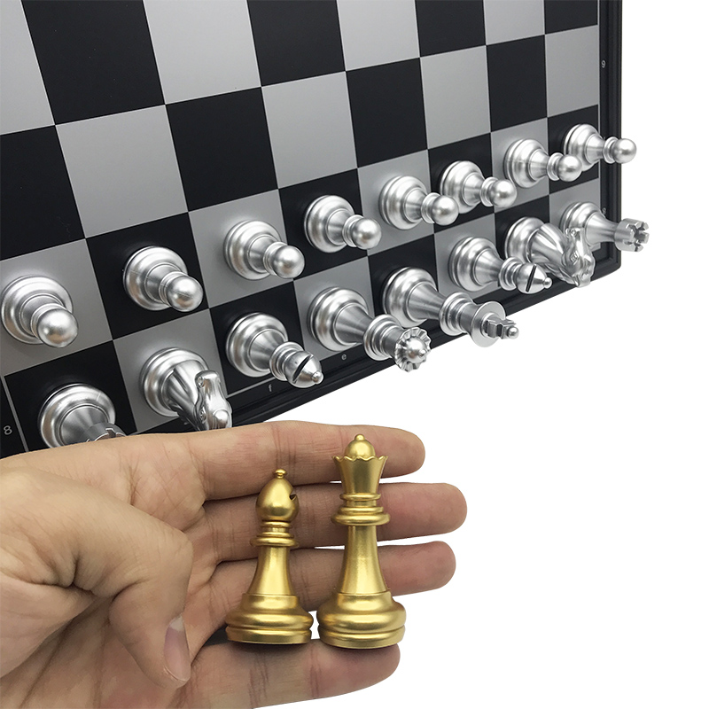 Chess set For High quality Chess Game Pieces Chess Magnetic Board Folding Plate Large Gold Silver Magnetic Reinforcement Yernea 3