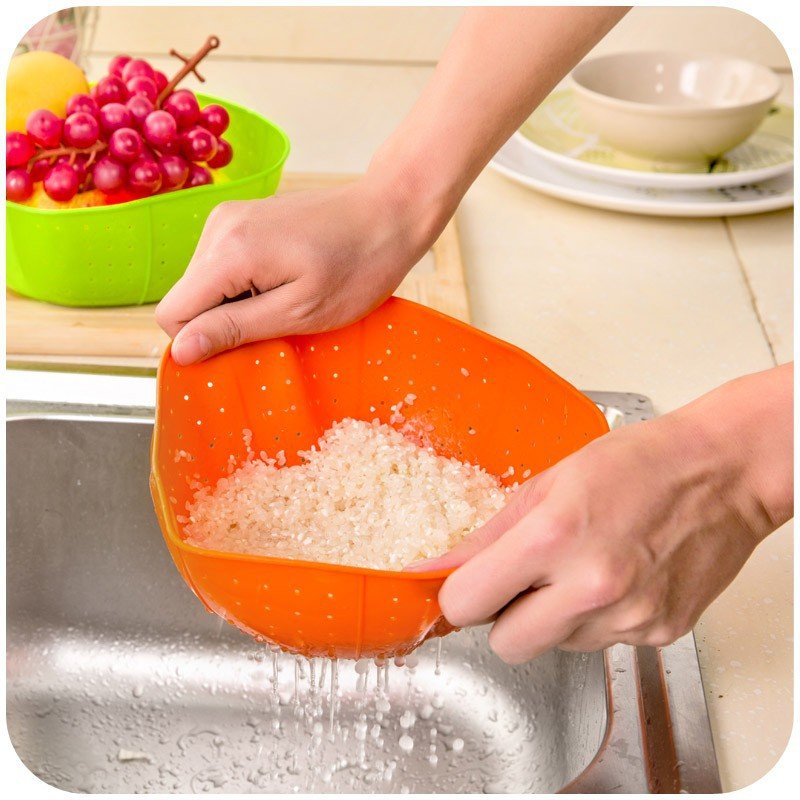 Multifunction Silicone Kitchen Drain Basket, Rice Washing Vegetables And Fruit Baskets Microwave Dish Cover  Orange