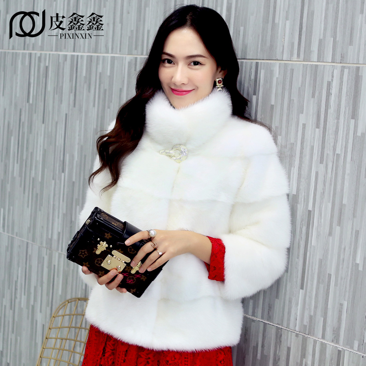 Dámská celokožená kůže z pravého norského kožichu s krátkým designem bunda dámská zimní kožešinová svrchní oděv devět čtvrtin rukávy