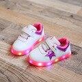 2017 последние весна детская shoes дети красный зеленый мода дышащая СВЕТОДИОДНЫЕ фонари shoes светящиеся мальчиков и девочек кроссовки новый