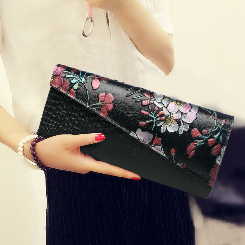 Autumn New Arrival Women National Flower Cow Genuine Leather Hand Bag Female Serpentine Mini Shoulder Crossbody Bag Day Clutches women genuine leather character embossed day clutches wristlet long wallets chains hand bag female shoulder clutch crossbody bag