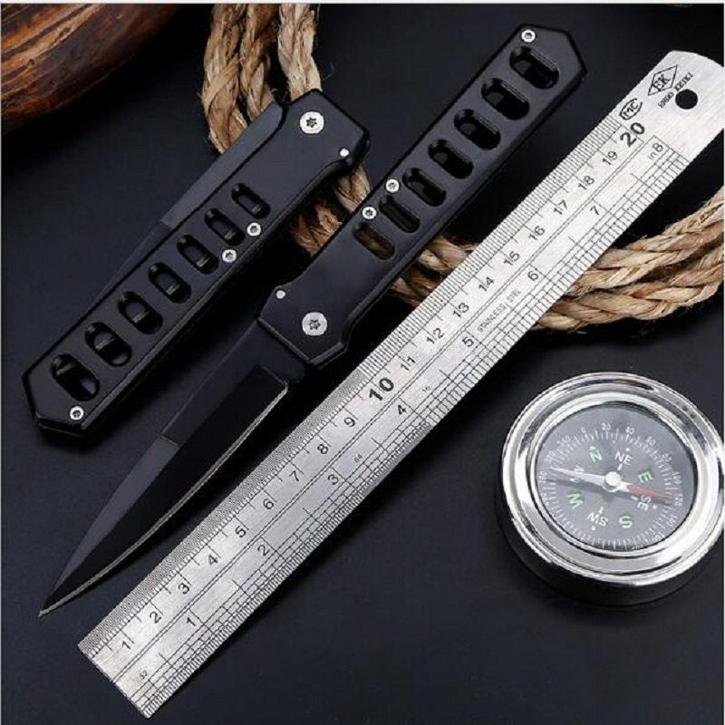 Factory direct tactical high hardness folding knife Wild survival multi-function knife self-defense outdoor knifeFactory direct tactical high hardness folding knife Wild survival multi-function knife self-defense outdoor knife