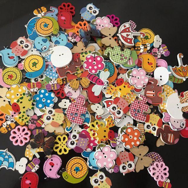 50 מעורב כפתורי חיה 2 חור צבעוני עץ כפתורי יד Diy צבוע אביזרי רעיונות קרפט DIY