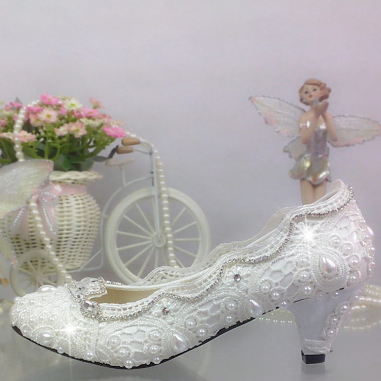 ФОТО Free shipping Elegant lace Wedding Shoes bride and bridesmaids single Shoes rhinestone Shoes White pearl large size 41-42