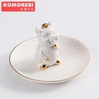 KOMOREBI Baby Pig Ring Holder Coral Ceramic Engagement and Wedding Ring Holder