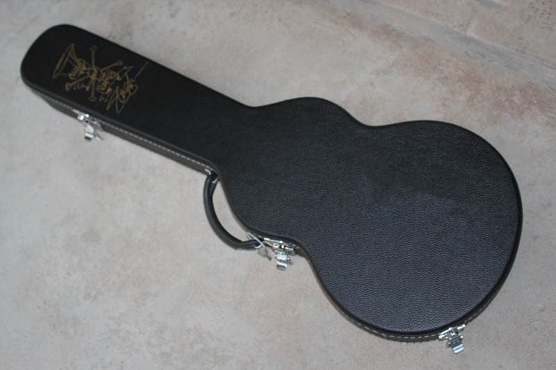 цена на Not sold Separately ***Black Guitar Hard Case for Slash Electric Guiatr