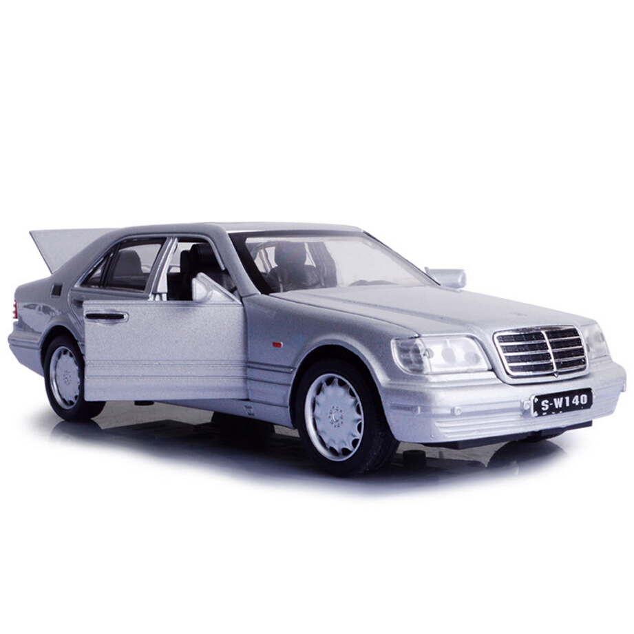 Классический 1:32 Масштаб моделирования 1993 Benz серии S w140 модели автомобилей литье сплава отступить игрушки со светом и звуком коллекция