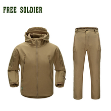 FREE SOLDIER Camping Hiking Clothing Hunting Tactical Clothing Sets Waterproof Men's Jacket and Pant Outdoor Sports Clothing