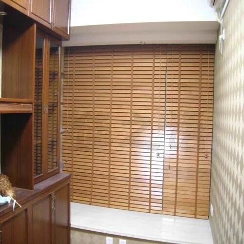 https://ae01.alicdn.com/kf/HTB18KldLXXXXXbEXXXXq6xXFXXXY/Verwerking-custom-massief-hout-hoogwaardige-bamboe-jaloezie-n-sluiter-gordijnen-in-de-keuken.jpg