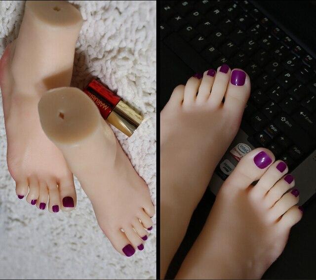 pussy toe polish