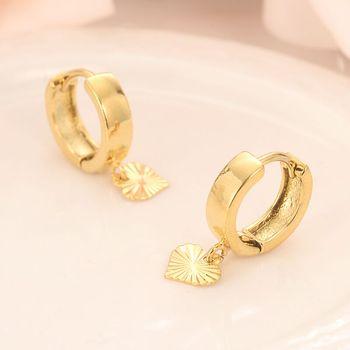 14 كيلو الصلبة الذهب GF القلب إسقاط أقراط المرأة / الفتاة ، والحب العصرية الجميلة الأزياء والمجوهرات لأوروبا الشرقية أطفال الأطفال أفضل هدية