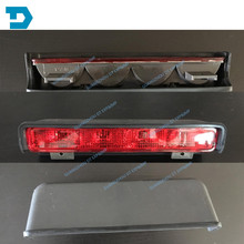 high position skid lamp for v32 V33 rear license lamp FOR MONTERO rear stop lamp WITH BULB FOR pajero 1989-1999 2001 for mitsubishi pajero v73 rear fog lamp montero rear stop lamp 2000 2006 pajero v73 rear fog lamp montero rear stop lamp