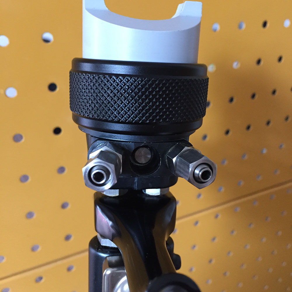 SAT1205 double nozzle spray gun high pressure chrome silver paint airbrush set gun high pressure dual action paint sprayer in Spray Guns from Tools