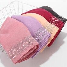 2019 Nuovo Disegno di Lusso Delle Donne Perla Sciarpa Sciarpe di Cotone di Strass Hijab Scialli Dellinvolucro di Colore Solido Musulmano Hijab Sciarpa