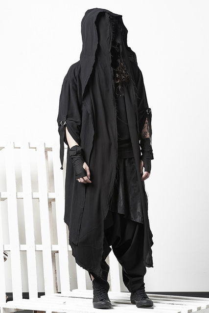 Dark Cloak Coat Personality Cloak Nightclub Coat Male Tide Gothic Fake Two Pieces Over Knee Robes Men Long Coat Gothic Jacket