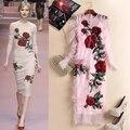 Envío Libre 2016 de Gama Alta de Color Rosa O Cuello de Manga Larga Rosas de Malla Bordado Vaina Vestidos de Las Mujeres de Moda Runway Vestido Vestidos