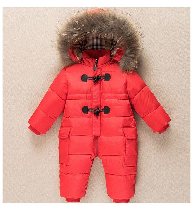 Salju Dingin Pakaian Kecil 11