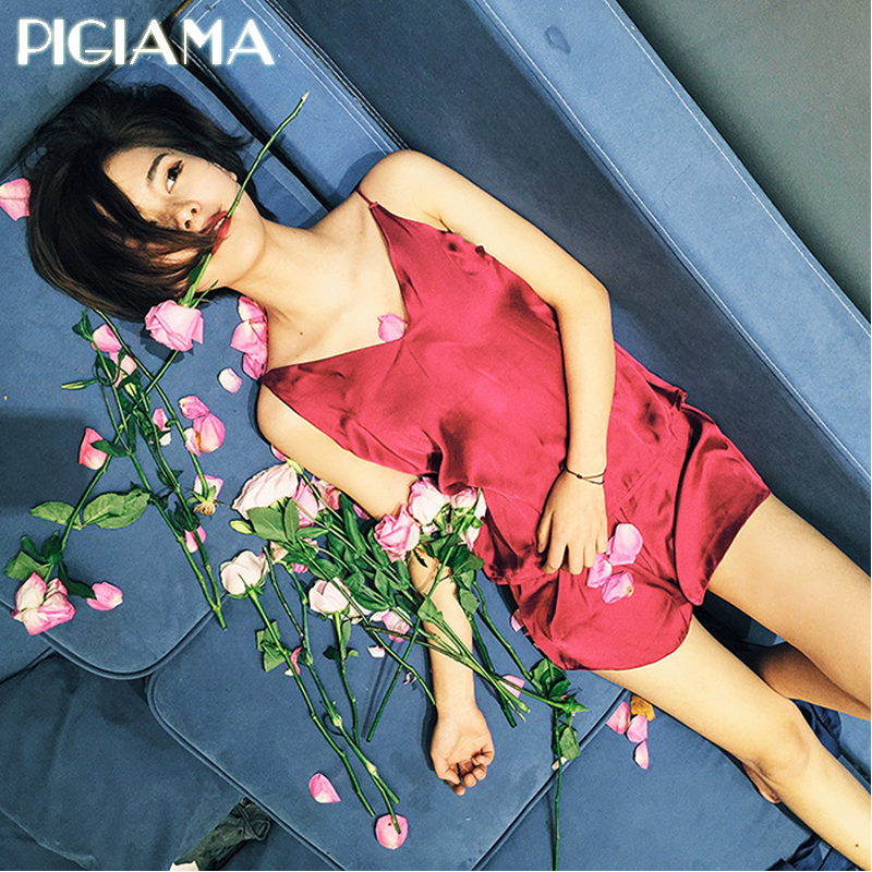 Women Clothes for Summer Shorts   Sets   V-Neck Sleepwear Satin   Pajama   women's   Pajamas   Spaghetti Strap Sexy   Pajama     Set   Pigiamas