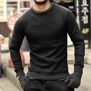 Image 3 - Homens hoodies do velo de espessamento sólida Metrosexual homens marca inverno camisola nova chegada fino de algodão casual o pescoço da moda F0011