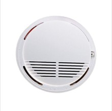 лучшая цена Wireless Smoke Alarm 85db Smoke Detector/Sensor Fire Protection Security Alarm