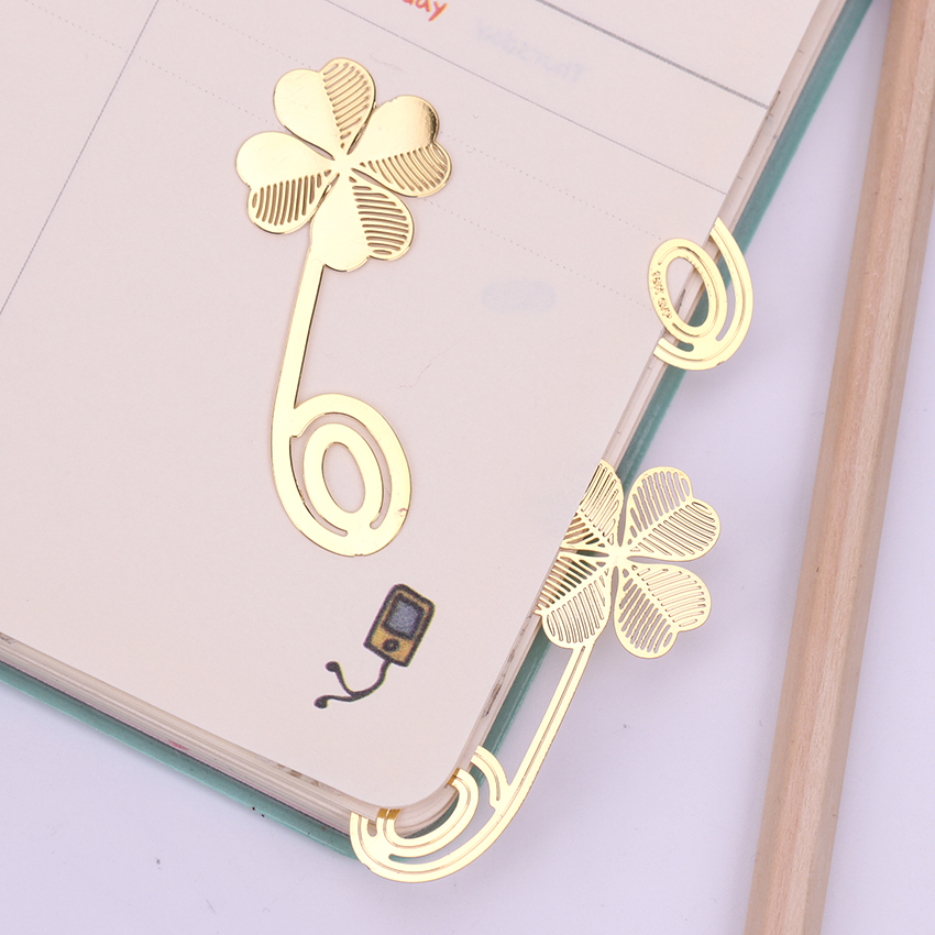 1PC Four-leaf Clover Metal Gold Color Bookmark Creative Lovely Stationery School Office Supply Escolar Papelaria