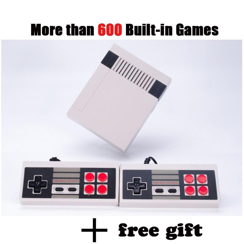 Мини игровой консоли Ретро ТВ портативной игровой консоли мини-игры плеер встроенный 600 различных игр PAL и NTSC двойной геймпад