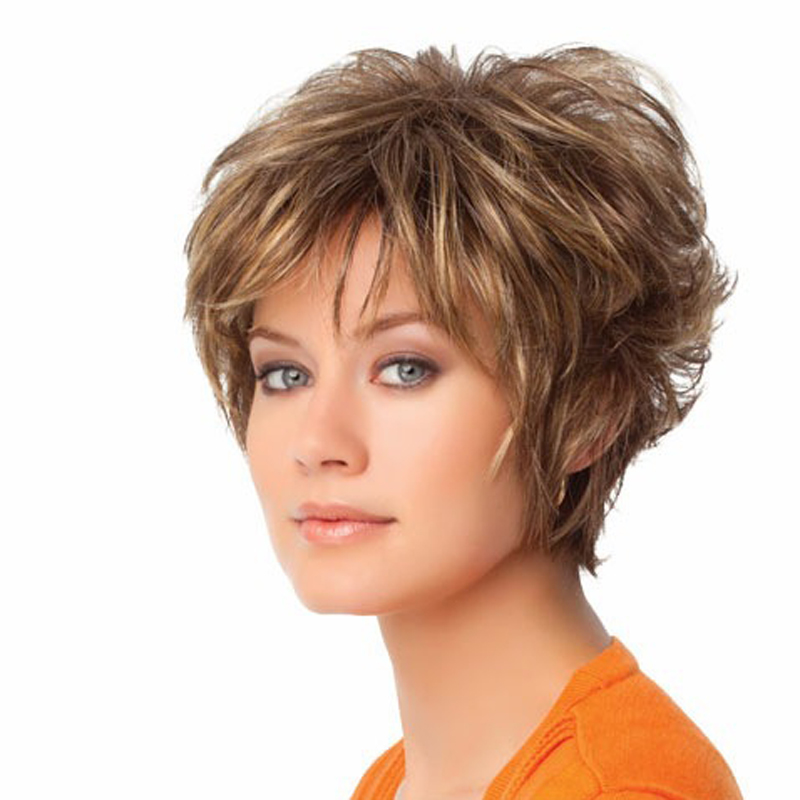Best short hairstyles for mature women -