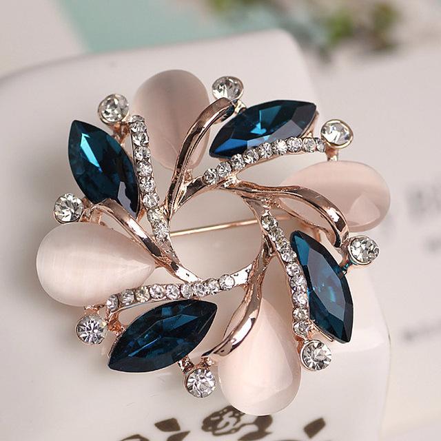 Flower Crystal Rhinestone Brooch